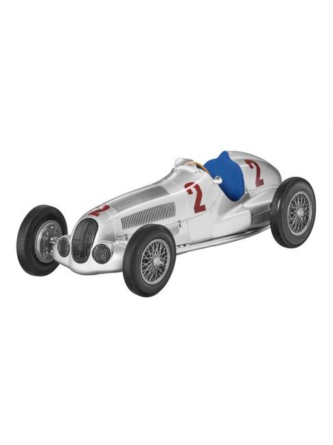 W 125 - H. Lang, vainqueur du Grand Prix de Tripoli 1937