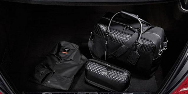 ... accessoires de la marque Mercedes Benz. Collection Homme. Collection de  montres. Bagagerie 0f2518f339ac